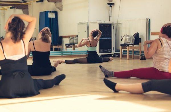 ballet-class-for-adult-women