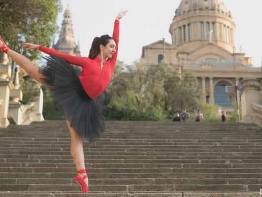 ballerina, Tatevik Mkrtoumian, balletworkout.be, ballet wokrout lessen, ballet antwerpen, balletschool in antwerpen, dansschool, kinderballet, tutu,