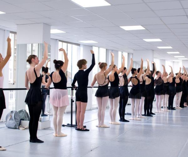_DIM0831 Ballet Workout balletshool antwerpen, ballet voor kinderen en volwassenen, ballet voor volwassenen