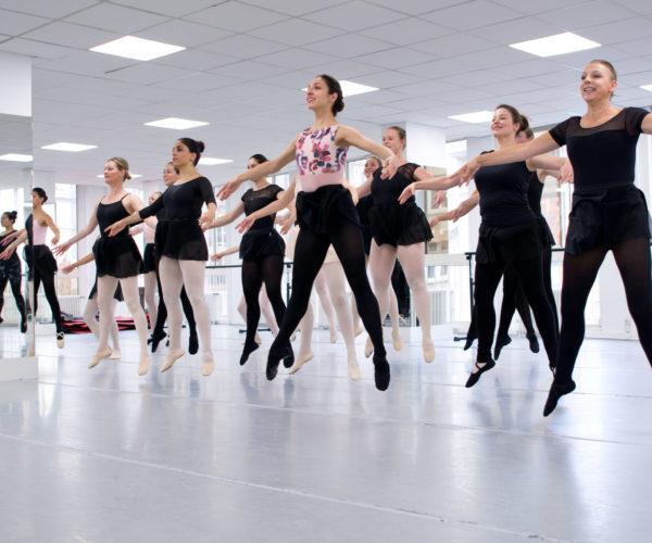 _DIM1043 Ballet Workout balletshool antwerpen, ballet voor kinderen en volwassenen, ballet voor volwassenen