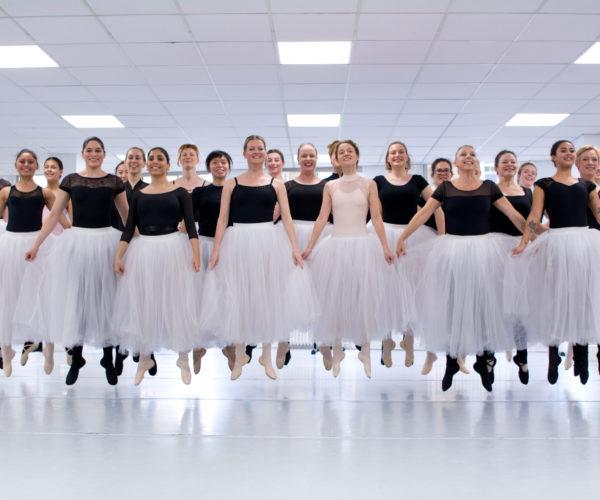 _DIM1444 Ballet Workout balletshool antwerpen, ballet voor kinderen en volwassenen, ballet voor volwassenen