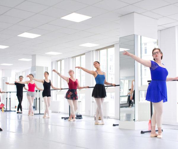 _DIM7015 Ballet Workout balletshool antwerpen, ballet voor kinderen en volwassenen, ballet voor volwassenen