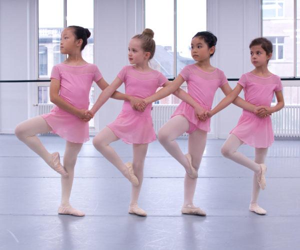 _DIM9818 Ballet Workout balletshool antwerpen, ballet voor kinderen en volwassenen, ballet voor volwassenen